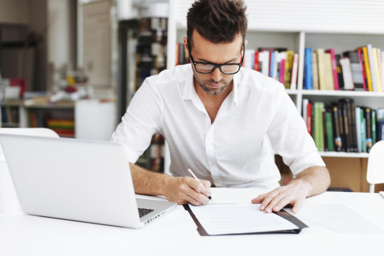 scrivere-testi-pagine-web-chi-siamo-contatti